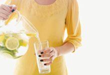 Bere acqua e limone al mattino è salutare vero o falso