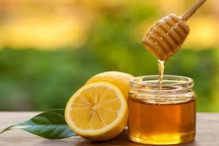 Miele: benefici e proprietà di questo naturale alleato della salute