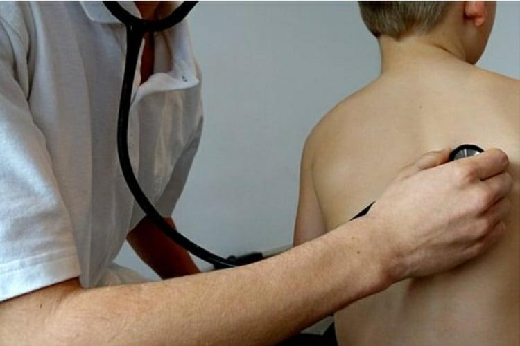 Cancro ai polmoni: i sintomi da non sottovalutare per favorire una diagnosi precoce