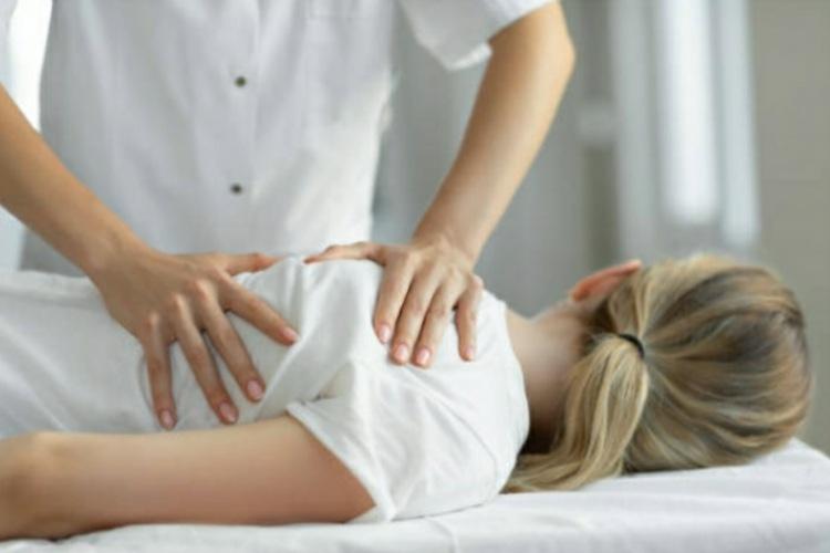 Curarsi con l'osteopatia: scelta di coraggio e non medicina alternativa