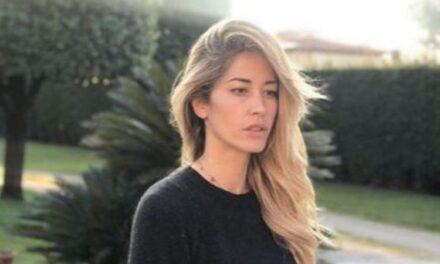 Il figlio di Elena Santarelli: gravi insulti sui social