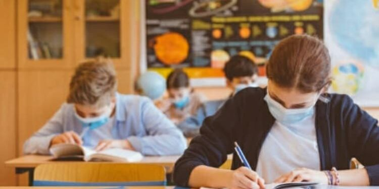 Scuola-settembre-mascherina