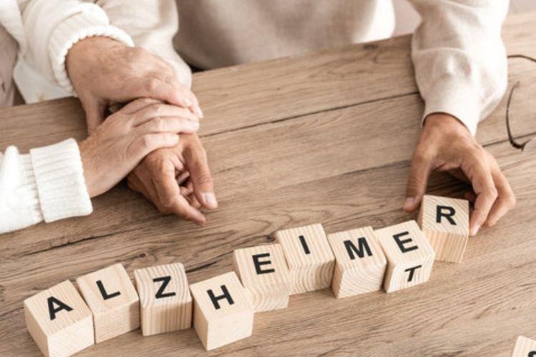 Primi sintomi dell'alzheimer: come capire quando arriva