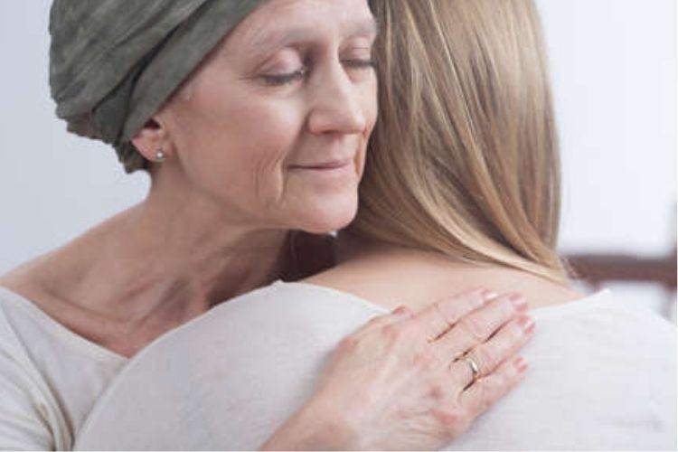Il tumore al polmone colpisce anche le donne non fumatrici