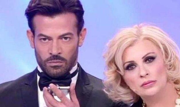 Lo sapete quanto guadagnano Gianni Sperti e Tina Cipollari?